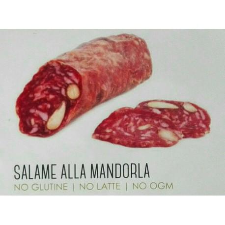 Salame alla mandorla d'Avola, salumi siciliani da allevamento non intensivo